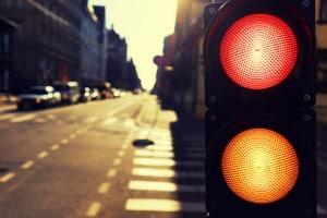 2-Phasen-Ampel: Das Überfahren kann einen Rotlichtverstoß darstellen