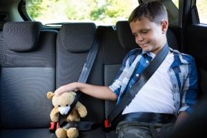 Ab wann darf man vorne im Auto sitzen?
