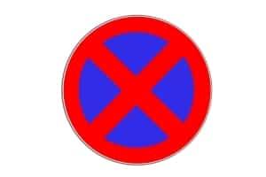 Die absolute Halteverbotszone wird durch das Zeichen 283 gekennzeichnet.