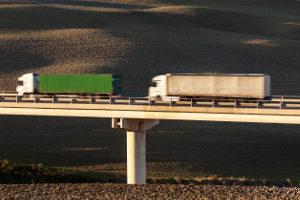 Der Sattelauflieger ist ein spezieller Typ Anhänger für LKW.