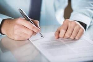 Anhörungsbogen im Bußgeldverfahren müssen ausgefüllt werden.