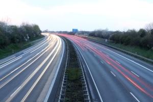 Wird irgendwann jede Autobahn zum E-Highway?