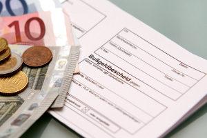 Bußgeld: Falsches Kennzeichen auf dem Bescheid schützt vor Strafe nicht.