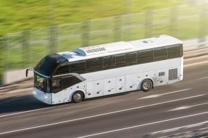 Der Bußgeldkatalog Bus legt die Sanktionen für Verkehrsverstöße von Busfahrern fest.