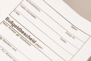 Um ein Bußgeldverfahren zu umgehen, kann es sich lohnen direkt vor Ort zu bezahlen.