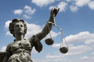 Im Bußgeldverfahren werden Ordnungswidrigkeiten durch die zuständige Behörde geahndet.