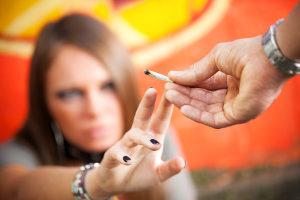 THC bzw. Cannabis am Steuer ist verboten.