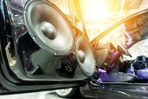 Welche Möglichkeiten bietet da Car-HiFi-Tuning?