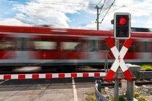 Eisenbahnunfälle sind in Deutschland meist auf die Autofahrer zurückzuführen.