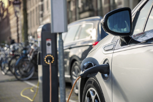 Elektro-Motorrad: Die Reichweite hängt wie beim Auto vom Akku ab.
