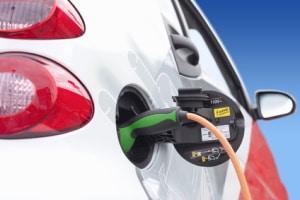 Elektroauto: Führerscheinfrei ist ein solche sind er Regel nicht.