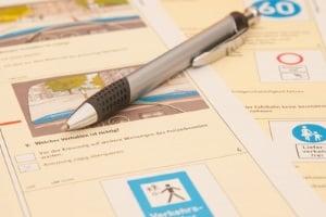 Der Besuch der Fahrschule ist fürs Mofa-Fahren Pflicht, um die Prüfung ablegen zu können.
