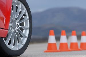 Fahrsicherheitstraining: Ein eigenes Auto wird benötigt.
