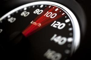 Beim Fahrsicherheitstraining können hohe Geschwindigkeiten erreicht werden.