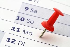 Dauert ein Fahrverbot 1 Monat oder 4 Wochen? Abhängig ist die Zeit von der Zahl der Tage im Monat.