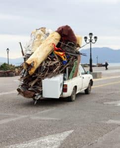 Falsche Ladungssicherung kann zu einem Bußgeld führen.