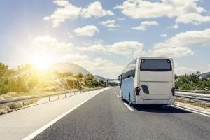 Fernbus: Wie viel Gepäck Sie mitnehmen dürfen, bestimmt das Busunternehmen.