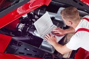 Der Frühlingscheck fürs Auto beginnt bei der Technik.