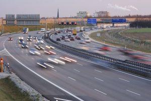Für den Führerschein D1E müssen Fahrschüler auch eine Autobahnfahrt absolvieren.