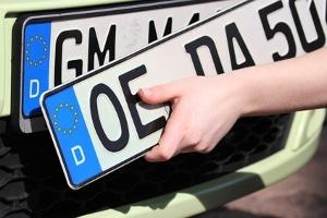 Kennzeichen für das E-Auto: Welche Fahrzeuge können ein Elektrokennzeichen erhalten?