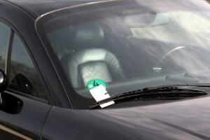 Knöllchen: Parken Sie ordnungswidrig, kann ein Strafzettel auf Sie warten.