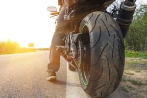 Können Motorräder geblitzt werden? Neben dem Kennzeichen gibt es weitere Merkmale, die eine Identifikation möglich machen.
