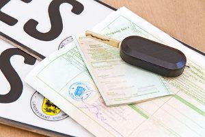 Zulassungsstelle bzw. Landratsamt geben beim Wunschkennzeichen bestimmte Maßgaben vor.