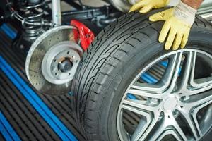 Mischbereifung: Sind unterschiedliche Reifen vorne und hinten erlaubt?