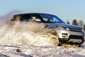 Mischreifen im Winter: Sind verschiedene Reifen vorne und hinten in der kalten Jahreszeit erlaubt?