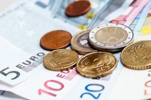 Es gibt durchaus Situationen, in denen Mittelspurschleicher kein Bußgeld zu befürchten haben.