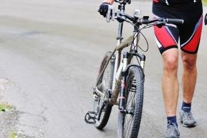 Möchten Sie Ihr Fahrrad oder MTB verkehrssicher machen, ist unter anderem die Beleuchtung notwendig.