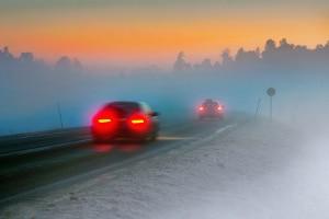Wann Sie die Nebelschlussleuchte einschalten dürfen, regelt die Straßenverkehrs-Ordnung.