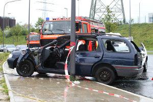 Ein Personalienaustausch nach einem Unfall ist für Unfallbeteiligte Pflicht.