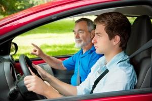 Haben Sie zu viele Punkte für begleitetes Fahren, dürfen Sie keine Begleitperson sein.