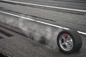 Reifen: Was sagt die Kennzeichnung über die Geschwindigkeit aus, die mit dem  Reifen gefahren werden darf?