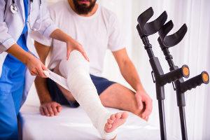 Schmerzensgeld: Bei einem Hundebisse ins Bein besteht ein Anspruch.
