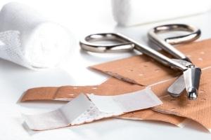 Welche Faktoren spielen beim Schmerzensgeld für eine Platzwunde am Kopf eine Rolle?