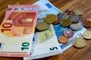 Sparen Sie mit dem Wechselkennzeichen für das Motorrad Geld?