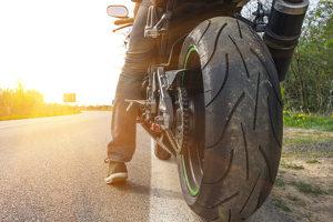 Der Staplerschein kann mit weniger Theoriestunden erworben werden, wenn der Fahrschüler die Klasse AM oder A1 für das Motorrad besitzt.