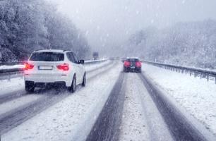 Strafzettel aus der Schweiz: Im Nachbarland geltende andere Höchstgeschwindigkeiten für  Autobahnen.