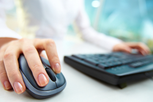 Theoretische Prüfung: Online können Sie die Prüfungsfragen üben.
