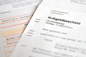 Auch beim Traffipax Speedoguard kann Einspruch gegen den Bußgeldbescheid eingelegt werden.