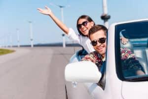 Eine Umweltplakette können Autofahrer in Autowerkstätten erwerben