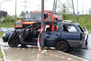 Beim Unfall betrunken - die Strafe kann auch eine Freiheitsstrafe sein.