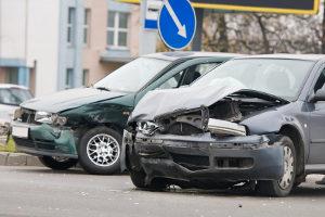 Auf einen Unfall im Ausland können sich Autofahrer vorbereiten.