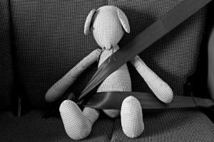 Unfall mit Kind: Der Sicherheitsgurt kann Leben retten!