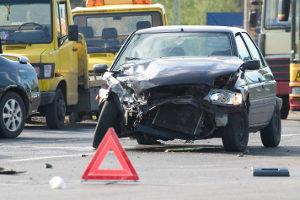 Ein Unfall mit Handy am Steuer ist schnell passiert.