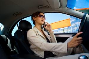Bei einem Unfall ohne Gurt trägt der Betroffene in der Regel eine Mitschuld an seinen Verletzungen.