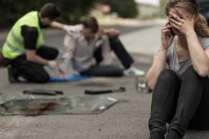 Auch bei einem Unfall mit dem Taxi müssen Sie Erste Hilfe leisten.