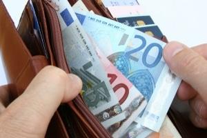 Eine Geldstrafe kann auch bei einer Unfallflucht ohne nennenswerten Schaden drohen.